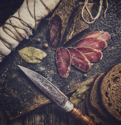 домашнее сыровяленное мясо
